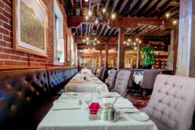 Formal dining at the Cannery Restaurant at the Pillar & Post in Niagara-on-the-Lake