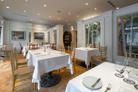 Upscale Fine Dining at Noble Restaurant in Niagara-on-the-Lake
