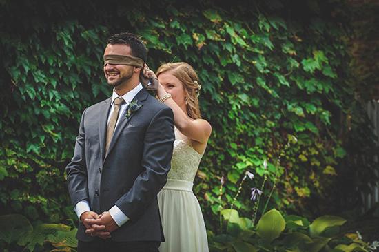 First Look Wedding Photos in Niagara-on-the-Lake