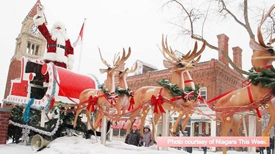 The Niagara-on-the-Lake Santa Claus Parade