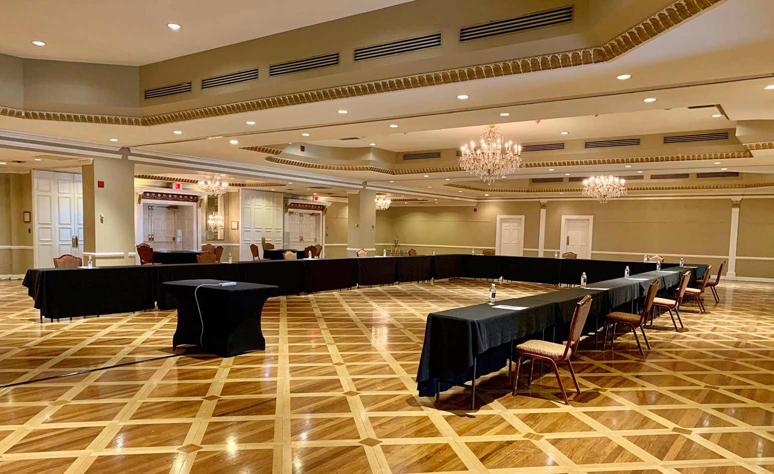 Small meeting set up at Queen's Landing Hotel during covid-19 pandemic