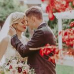 An elegant garden wedding at Pillar and Post in Niagara on the Lake