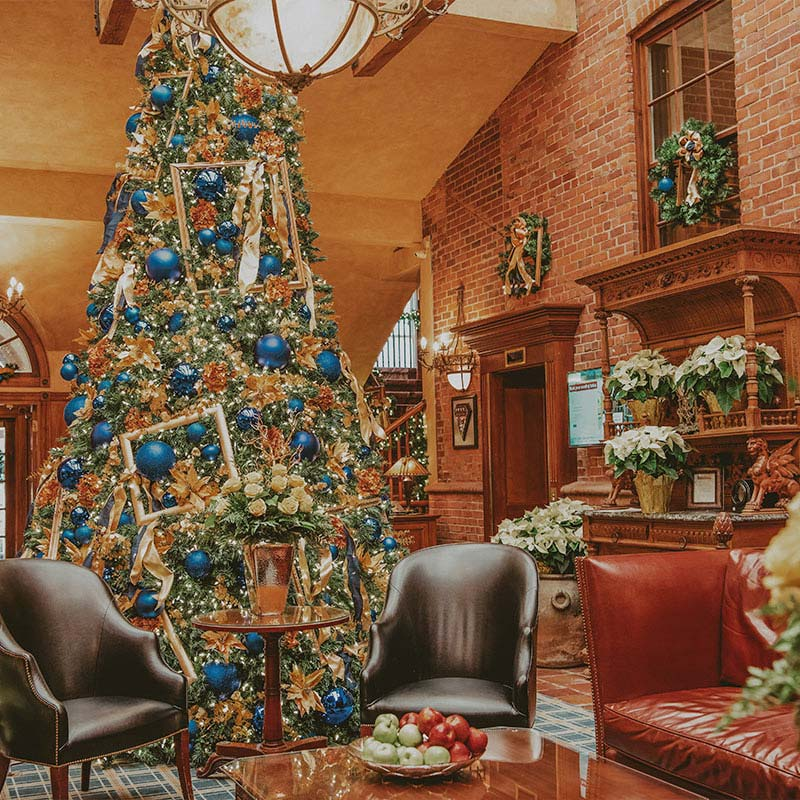 Holiday Dining at Vintage Hotels 2020